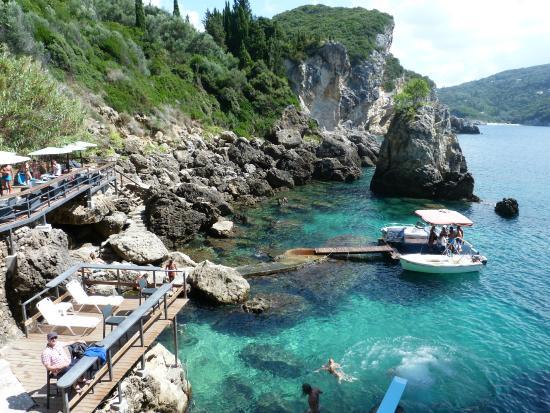 la-grotta-beach